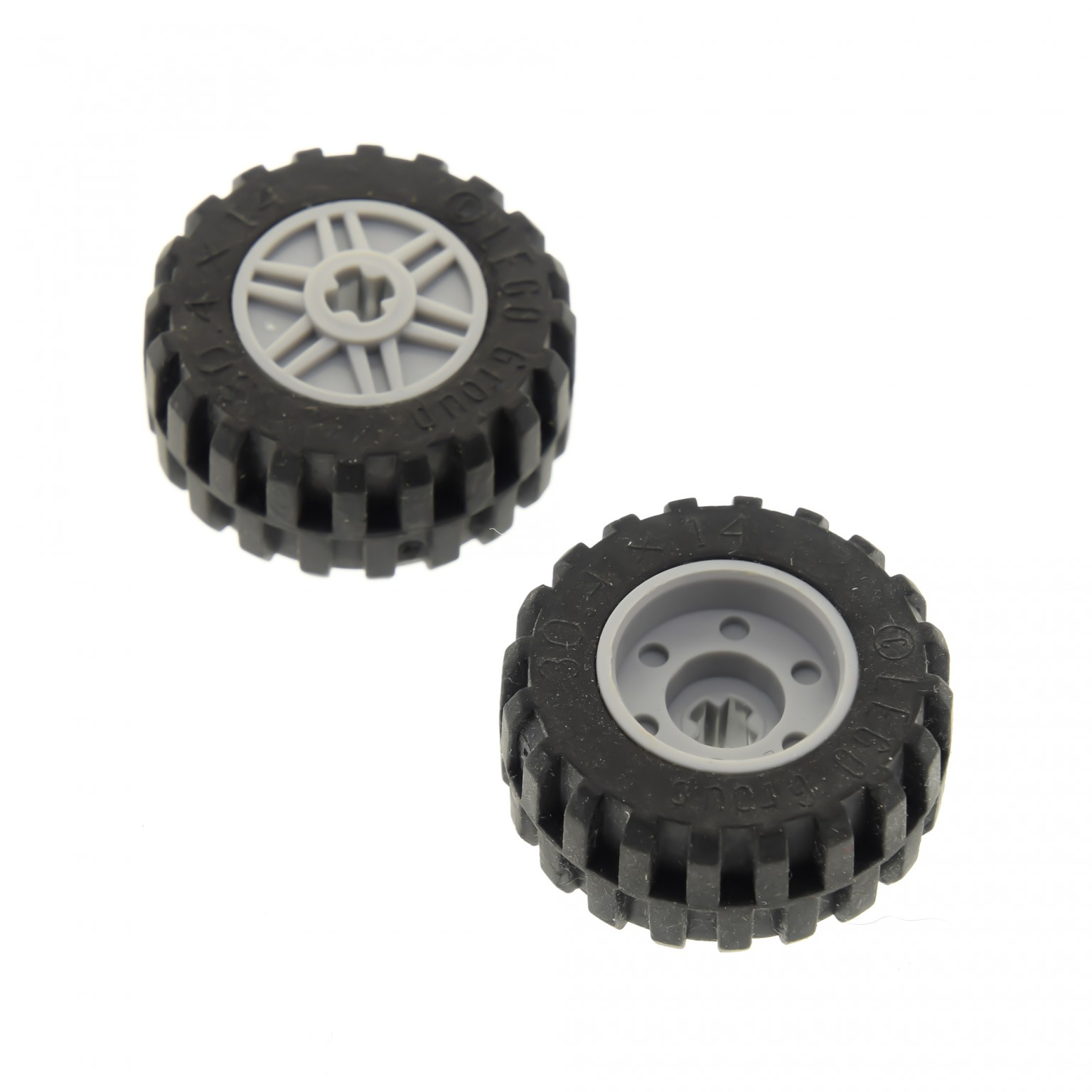 2x Lego Rad neu-hell grau 18x14 Auto 30.4x14 4619323 4490127 55982c05