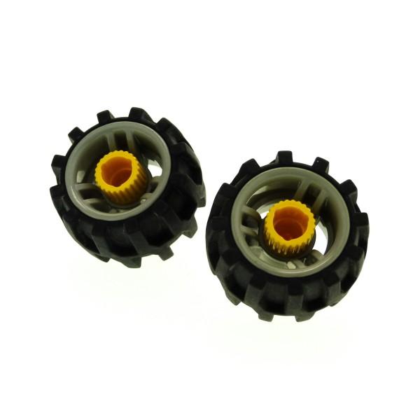 2 x Lego Duplo Toolo Rad schwarz Felge alt-hell grau gelb Räder Reifen mit tiefen Profil Schraube mit Schlitz 4186713 4220947 31352 31350c01