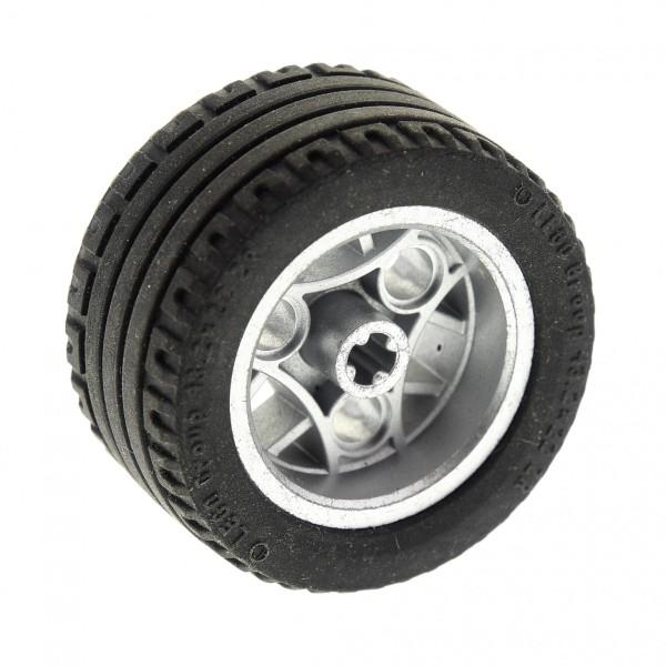 1 x Lego Technic Rad Reifen schwarz 43.2x22 ZR Felge metallic silber 30.4mm D.x20mm Auto Fahrzeug Set 8652 (44292 / 44309) 44292c02