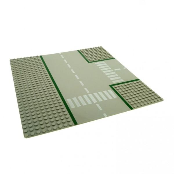 1 x Lego System Platte B-Ware beschädigt Bau Platte 32x32 9N T Kreuzung alt-hell grau 32 x 32 Noppen Straße Zebrastreifen 608p01